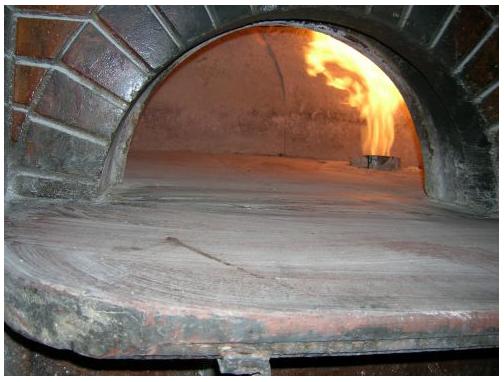 Vari tipi di forni per cuocere la pizza for Temperatura forno pizza